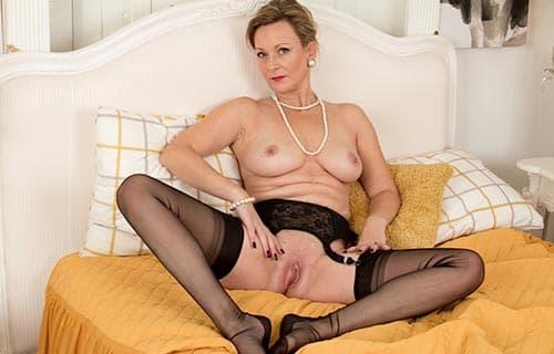 Frauen über 50 nackt